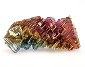 Bismuth (lab grown) crystal - 17gm / 51mm x 25mm x 13mm (F42535)