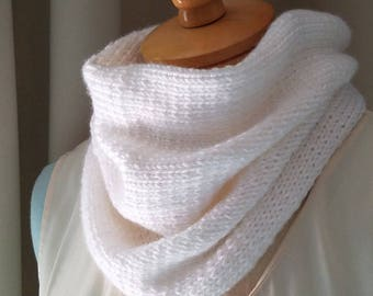 White Knit Loop Scarf White Neck Warmer Hand Knitted Cowl Chunky Circle Scarf White Fashion Accessory Ladies Cowl