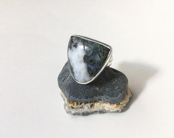 Moss agate Shield ring size 7