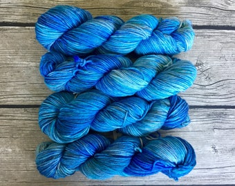 Put Some Windex On It- Superwash Merino Hand Dyed Yarn - Worsted Weight Yarn - Hand Dyed Yarn
