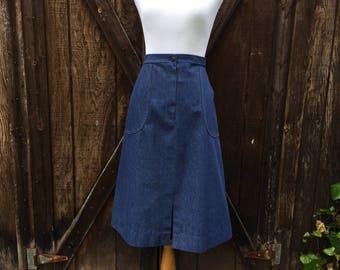 Vintage 70s Denim Skirt / Size 12