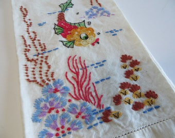 Vintage Embroidered Fish Ocean Towel-Tatting