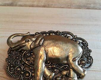 Vintage oxidized elephant pin/pendant