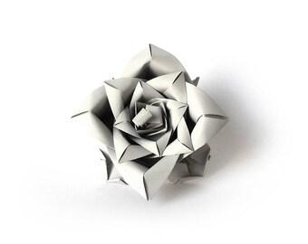 Designer ring - light gray flower