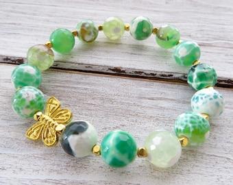 Light green agate bracelet, stretch bracelet, gold butterfly bracelet, elastic bracelet, gemstone jewelry, beaded bracelet, romantic jewelry