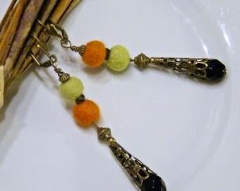 "Bohemian chic earrings, brass, felted wool, glass ""Playful"""