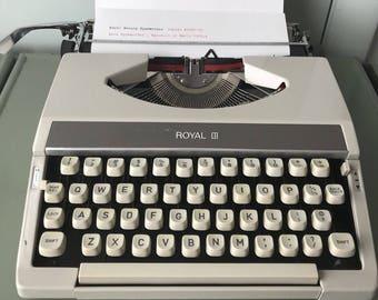 Royal Mercury Portable Typewriter & Case - Serial # 1897790