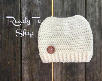 Messy Bun Beanie - Ready To Ship - Ivory Winter White Messy Bun - Crochet Messy Bun Beanie -  Messy Bun Crochet Bun Hat - Ponytail Beanie
