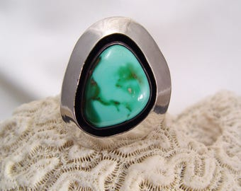 Vintage TURQUOISE and Sterling Silver Ring Stunning
