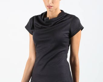 Beautiful black sweater and short sleeve gold thread