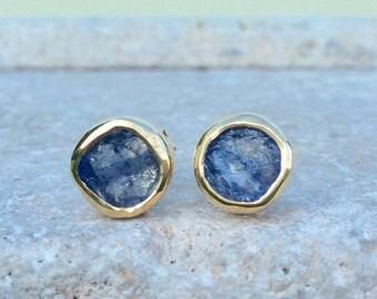 Tanzanite Studs, Raw Stone Studs, Raw Tanzanite Gold Studs, Tanzanite Earrings, Raw Stone Gold Earrings, Blue Stone Earrings