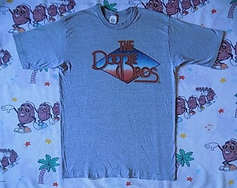 Vintage 80's The Doobie Brothers Farewell Tour 1982 T shirt, size Medium soft and thin