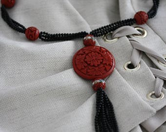 Wonderful Vintage Cinnabar and Onyx Necklace with Exceptional Detail