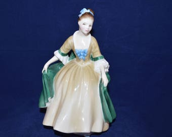 ROYAL DOULTON figurine Elegance - HN2264 - Perfect