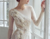 Lace and tulle beaded wedding dress, tulle gown, slim fitted dress // Phaeno