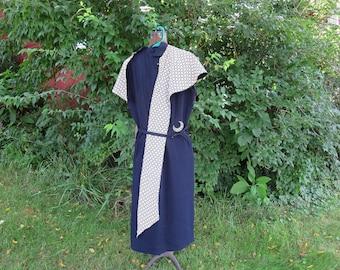 """Vintage 1950s blue white print seersucker dress sleeveless reversible cape stole wrap belt jewel moon brooch pin 38"""" bust (123115)"""