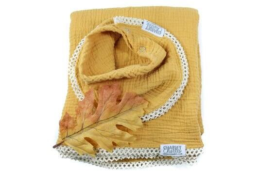 MUSTARD Swaddle Blanket /Cream Crochet Lace Swaddle Blanket /Gauze Blanket / Blanket / Blanket / Newborn Blanket / Newborn Baby Blanket