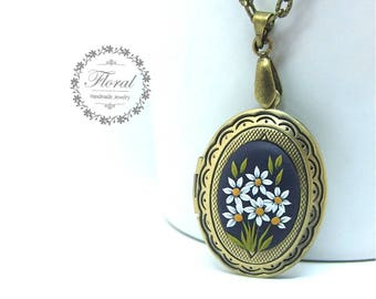 Bridesmaid Gift Ideas, Locket for a Bride, Locket for Wedding Bouquet, Locket for Bridal Bouquet, Bridesmaid Locket, Something Blue