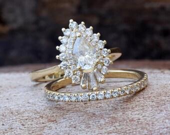 Art deco wedding ring set-Diamond engagement ring vintage-Gold ring-Promise ring-Pear shaped diamond engagement ring-Bridal wedding ring set