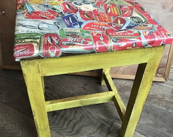 Side table / stool. Tapas Decoupage and shabby Chic upcycling
