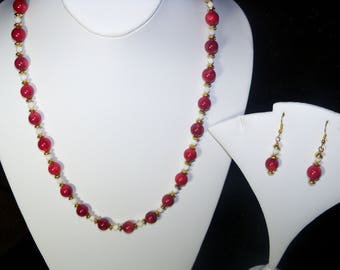 A Beautiful Red Coral(dyed) and Shell Beaded Necklace and Earrings. (2017258)