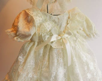"Reborn  Baby dress and bonnet  cream  lace for 16"" reborn dolls clothes for 14-16"" doll clothes baby vintage doll"
