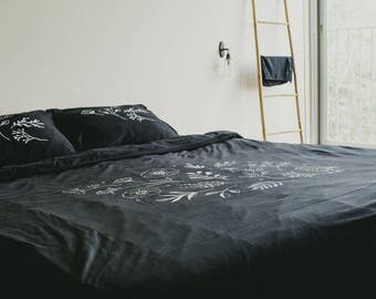 Black Cotton Bedding Set,  Queen Size Set, Full Double Size, Botanical Screen Printed Bedding, 2 Pillowcases + Duvet Cover + Fitted Sheet