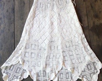 Gorgeous Excellent Condition Vintage Lace Crochet Skirt-Handmade 1960's Knit