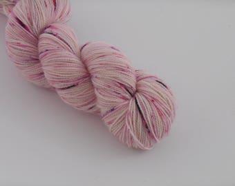 PETILLANTE SOCK,   Panna cotta, merino nylon sock yarn ,100g