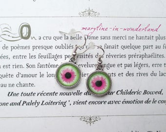 Green and pink eyes eye Cabochon earrings