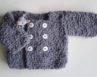 Baby newborn to 12 months Wool Cardigan hand knitted gray with boutonniere