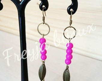 Pink and bronze dangling earrings