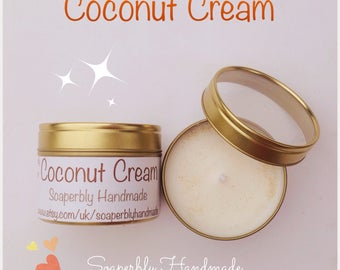 Coconut fragrance soy wax candle in a tin