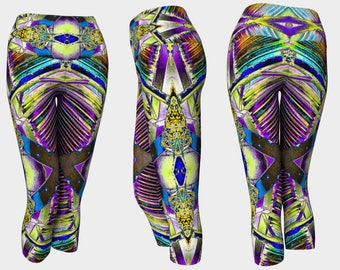 09605 Yoga Capri: Under the Bridge Photography. Yoga Leggings, Yoga Tights, Running Tights, Yoga Pants, Leggings