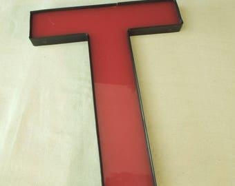 Black Red Plastic Letter T -  Vintage Plastic Sign - Old Store Signage - Wall Decor Art  - Monogram Alphabet Initial