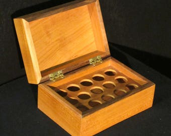 Box in Walnut for storage of essential oils - 15 bottles