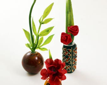 Set of 3 Miniature Vases - Dramatic Reds Collection