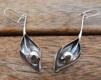 Silver Flower Earrings, Silver Tulip Earrings, Flower Earrings, Sterling Silver Earrings, Silver Dangle Earrings, Nature Earrings