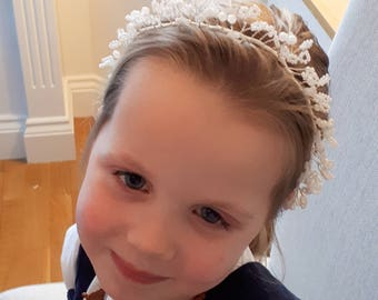 White flower girl crown, flower girl headband, girl's hair accessory, bridesmaid hair vine, flower girl hair, pearl hair vine, wedding halo