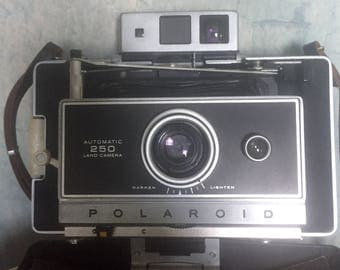 Polaroid land camera 250 vintage antique accordian industrial