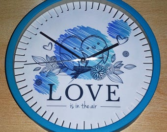 "clock wall pattern ""Love is in the air"""