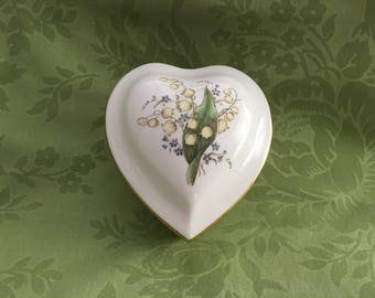 Spode Lily of the Valley Heart Shaped Trinket Box, Spode Bone China, Heart shaped box, Heart Keepsake Box, Heart Trinket Box, Gold Trim