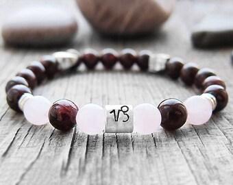 Capricorn zodiac sign bracelet Horoscope bracelet Zodiac jewelry January birthstone bracelet Garnet bracelet Astrology bracelet Love stones