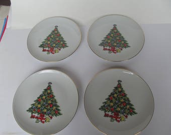 Jamestown China - Christmas Treasur  - Salad - dessert Plates - setof 4 - Gold Rim - Christmas Tree  - 7 3/4''