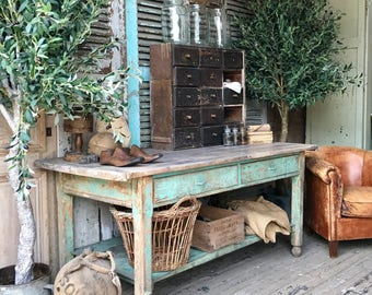 NOW SOLD - Beautiful vintage French rustic table