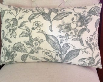 Floral Pattern Pillow