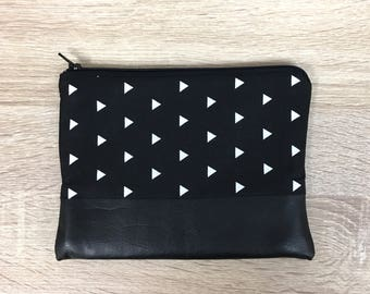 Black Clutch Leather Bag Bridesmaid Clutch Clutch Purse Modern Black Print Clutch Triangle Tote Bridesmaid Gift Zipper Pouch Teacher Gift