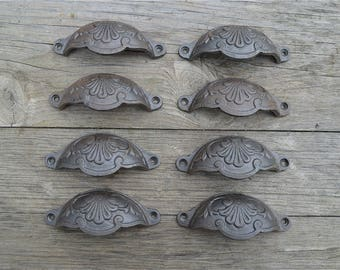 A set of 8 of classic Victorian Kenrick cast iron drawer pull handles handle CH2