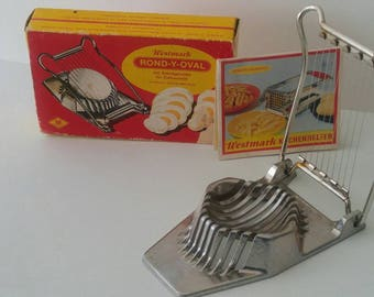 Vintage Westmark Rond-Y-Oval 2-Way Egg Slicer