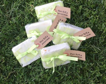 Garden Soap, Natural Soap, Cold process soap, bar of soap, Hand made natural soaps, all natural soaps, soaps, made in France, Artisan soaps